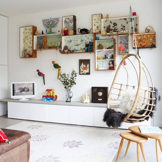 (via White living room | Living room feature wall | housetohome.co.uk)