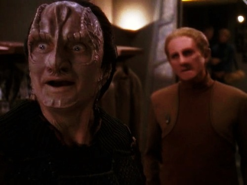 paramaline:  airandangels:spock-variety-hour:   Garak your face…  is that of a turtle within biting range of a strawberry