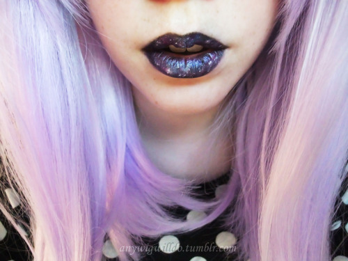anywigwilldo:  Galactic lips. Cosmic kisses. ♥