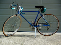 organicthought:  My 1975 Schwinn Continental.