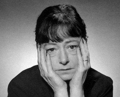 livingwithacrylics:  Dorothy Parker. The definition of funny woman.