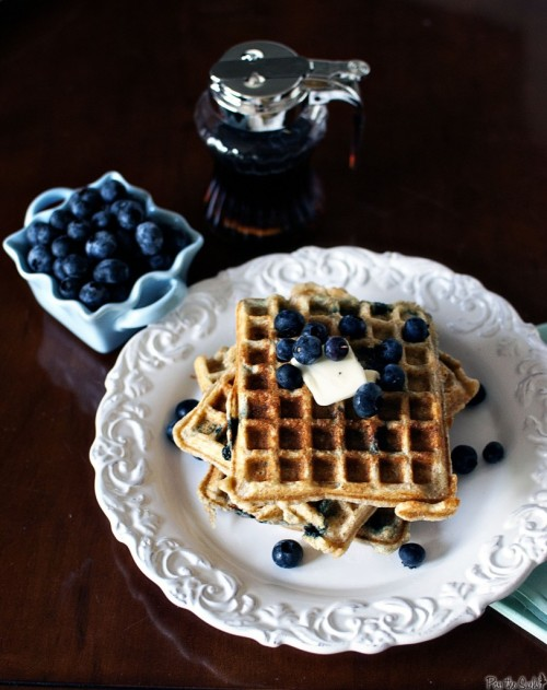 yummyinmytumbly:  Blueberry Sour Cream Waffles