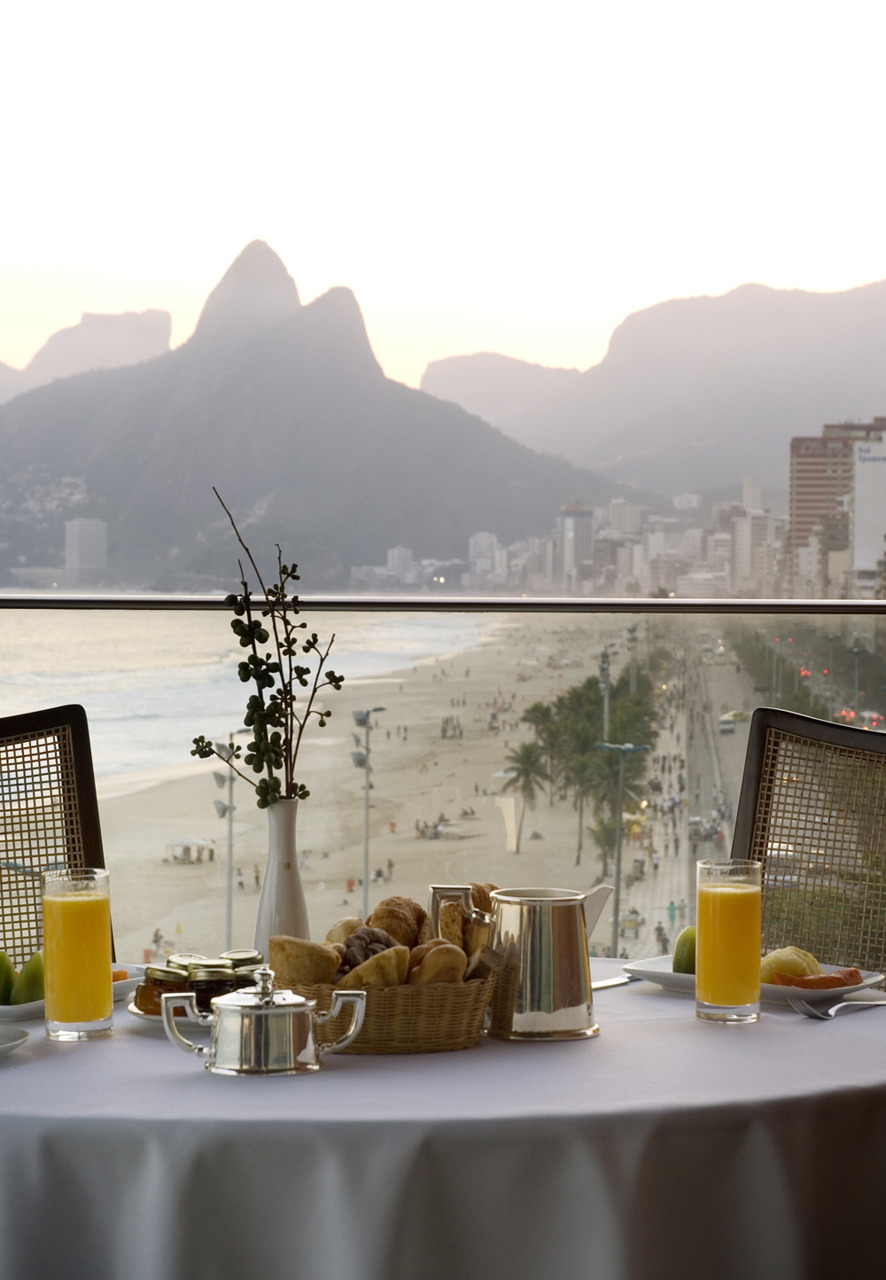 ysvoice:  Breakfast at the Terrace of Rio | via classy-and-style