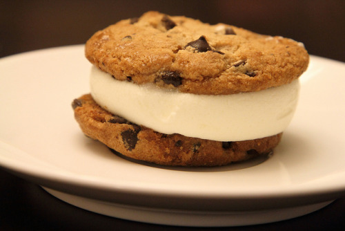 clottedcreamscone:  PC Ice Cream Cookie by Magnum_Dynalab (Mike) on Flickr.