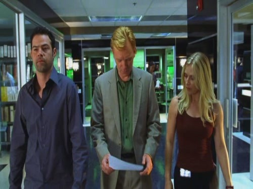 Season 2 Episode 1 Blood Brothers Horatio in green! Calleigh in a tank! Speed! Good 'ol days.