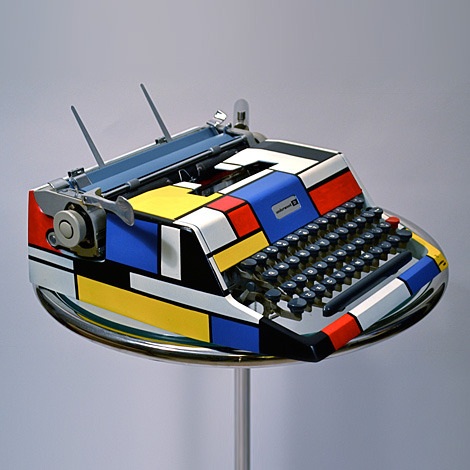 hellotypewriter:  (via Mondrian Typewriter | iainclaridge.net)