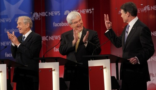 (via The 6 Funniest Pictures From The NBC News-Facebook Debate) I can count to three!