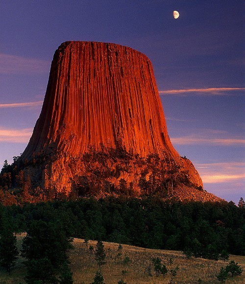 fuckyeahunitedstates:  Devil's Tower, Wyoming