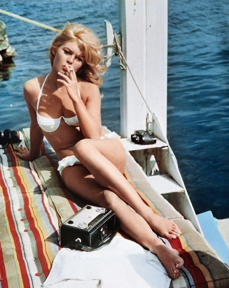 Bardot with a radio