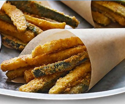foodopia:  oven-baked zucchini fries: recipe here  Yum. I'm hungry.