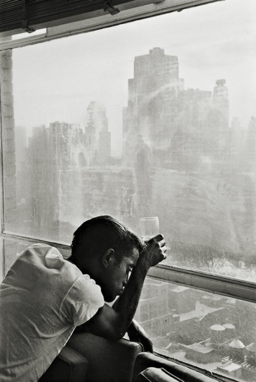 Sammy Davis, Jr. in NY, 1959 Photo by Burt Glinn