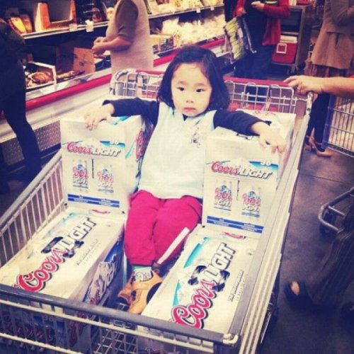 "collegehumor:  Little Girl On Beer Throne ""Another complimentary slice of cheese from the deli. NOW!"""
