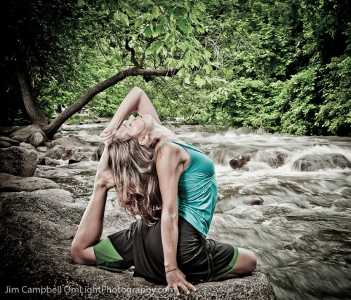 Kate finding Mermaid at Boulder Creek. More images at OmLight Photography.