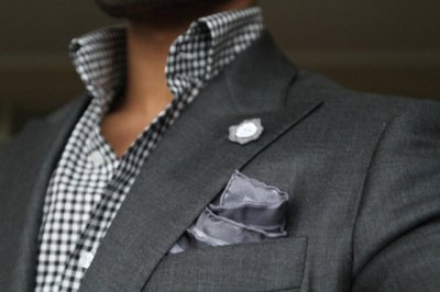thetieguy:  another good use of greys here!  Monochromatic!!!