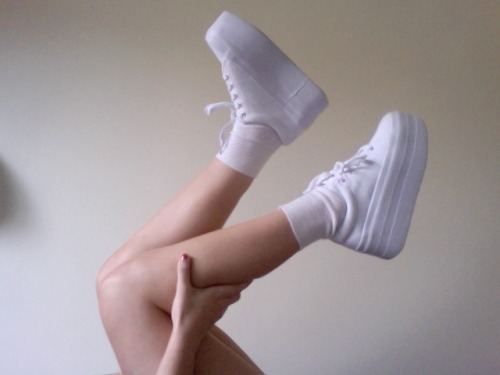 reblogging myself because bitches love my shoes.