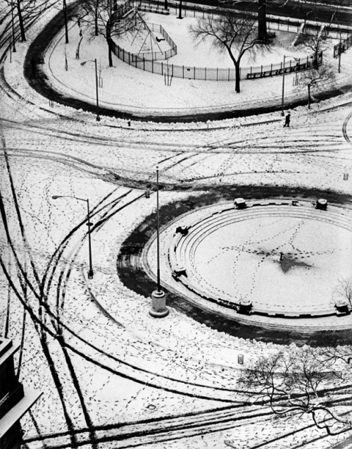 "wonderfulambiguity:  André Kertész, Washington Square, New York, 1966""André Kertész has two qualities that are essential for a great photographer : an insatiable curiosity about the world, about people, and about life, and a precise sense of form."" - Brassaï"