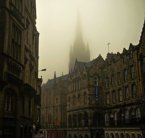 travelingcolors:  allthingseurope: One Foggy Day… in Edinburgh (by EverySingleDay)