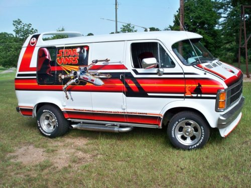 laughingsquid:  Star Wars-Themed Dodge Ram Van