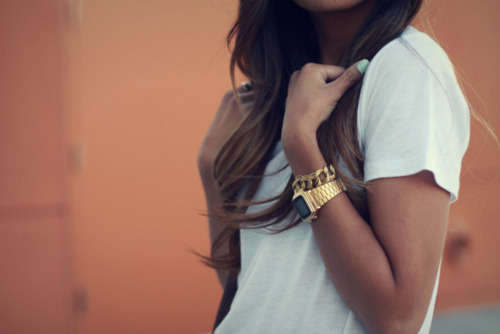 Street Style - gold is back