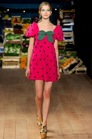 Strawberry Dress - Love this! Moschino Cheap And Chic
