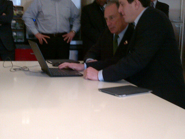 "via @JoshRobin: ""Bloomy orders lunch on seamless web at new hdq. He ordered small chicken rice soup. yfrog.com/g026xosj"""