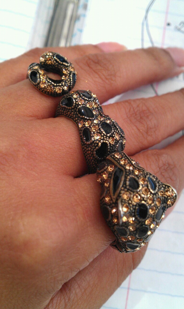 Rest in peace (pieces) leopard ring :(