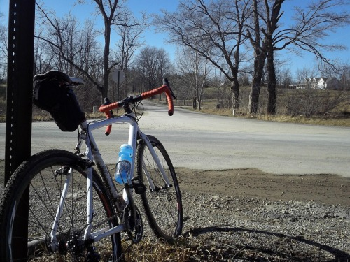 thecyclingkit:  Out on the Cyclocross bike today.  40 degrees in January made for all types of road surface.  Ice, snow, Hard pack,  loose and dry gravel and inch thick peanut butter that kept trying to swallow my 32c tires.  25 miles total from my front door.