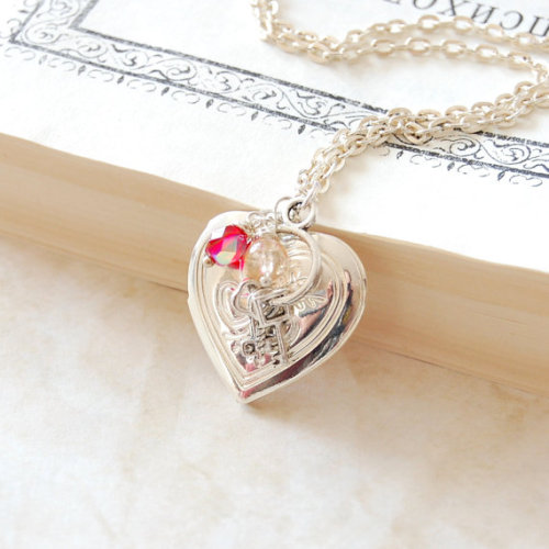 Heart Locket Necklace by JujuTreasures