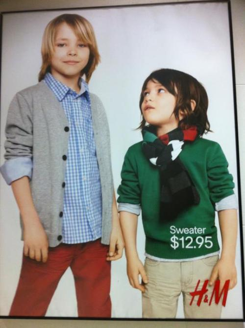 wondygirl:  landmythtimeofmagic:   Thor and Loki. H&M style.    Even the colors! And even Loki with his scarf and his little look at H&M Thor. I am on to you H&M.