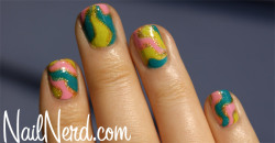prettyproject:  More pix of this gorgeous mani HERE.
