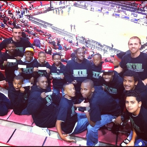 Took my boys basketball team to an SDSU Aztecs Basketball Game. The boys are so excited. I Love My Job. #lifeasapeteacher  (Taken with Instagram at Viejas Arena)