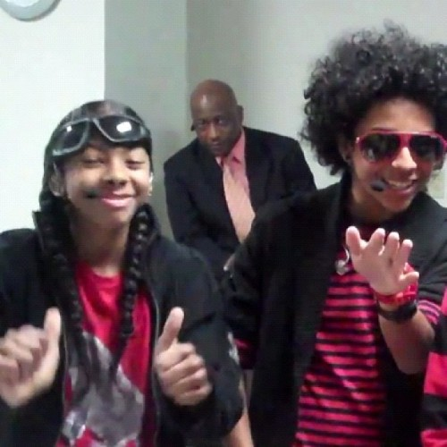 Lol Ray Ray looks like he's hitting that cabbage patch
