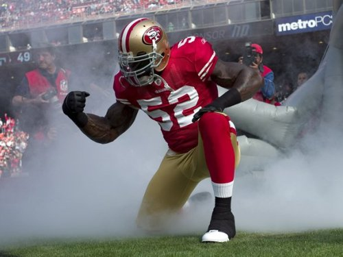 "49ersnation:  He's so Tebowing wrong. LOL *added* @slowracer ""He's not Tebowing, He's WILLISING"" LOL"