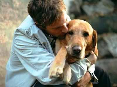 Actor Aaron Eckhart with his beloved golden retriever, Dirty Dog.