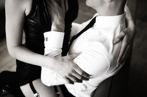 volumpuousvixen:  sultrysavannah:  #officeporn  #SuitLadyApproved  Mama like.