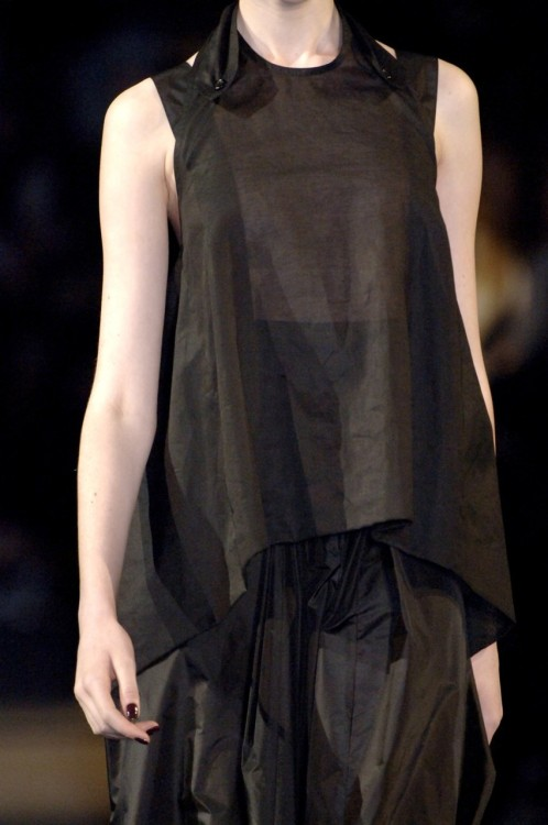 gaptoothbitch:   YVES SAINT LAURENT SS 2007
