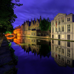 allthingseurope:  Brügge Channel (by Filip Nystedt)