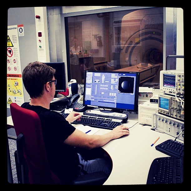 Lab Engineer Guido Kudielka at work in our MRI testing lab, at #GE Global Research in Munich, Germany. #science #technology #health (Taken with instagram)