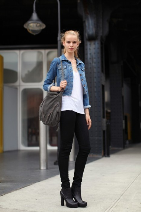 Get her denim jacket look HERE.