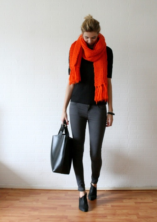 Simple Fashion style: Leggings or Jeggings, loose fit top, colorful scarf, bracelets and watch and finish it off with a tote bag. Oh don't forget a pair of knee high boots or a cute slipper.