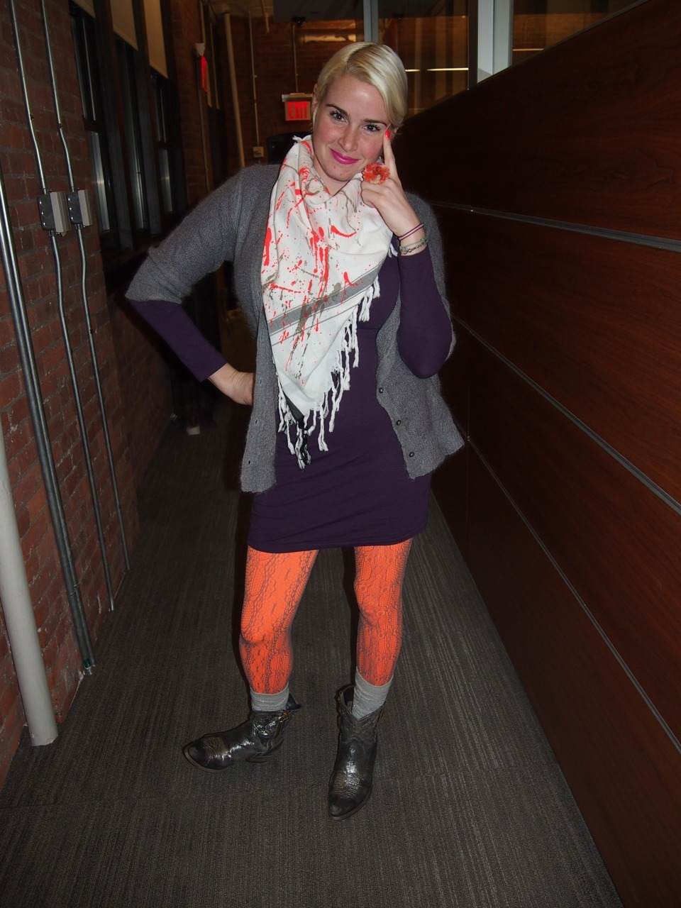 DOING SOME NEON ORANGE-ING, UGH NICE FACE IDIOT. (AWESOME SCARF WAS A GIFT FROM THIS PERSON, made by leigh&luca)