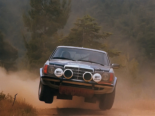 automotivated:  Mercedes-Benz 280CE (C123) Rallye (by Auto Clasico)