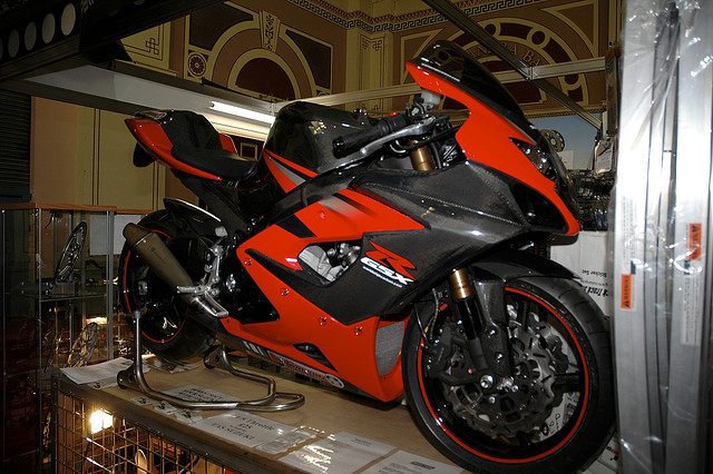 sexfoodbikesetc:  Carbon Fibre GSXR by .myke on Flickr.