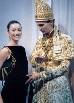 In 2000, a Bishop opened Galliano's Dior Couture F/W and then blessed model Audrey Marnay, who was eight months pregnant.