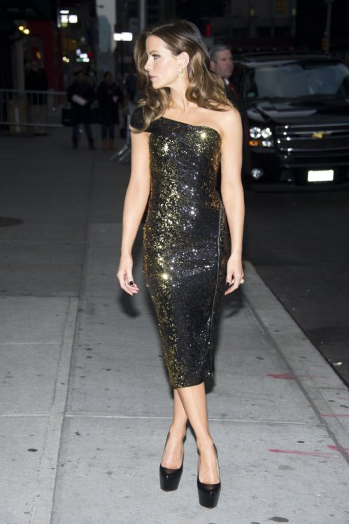 "Kate Beckinsale arriving at ""Late Show with David Letterman"" in New York City - January 10, 2012."