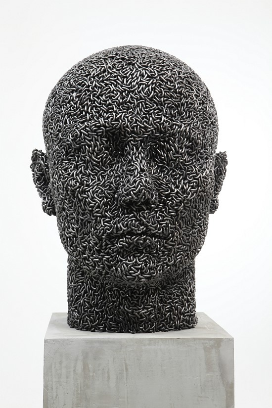 (via Figurative Sculptures Made From Tightly Welded Chains | Colossal)