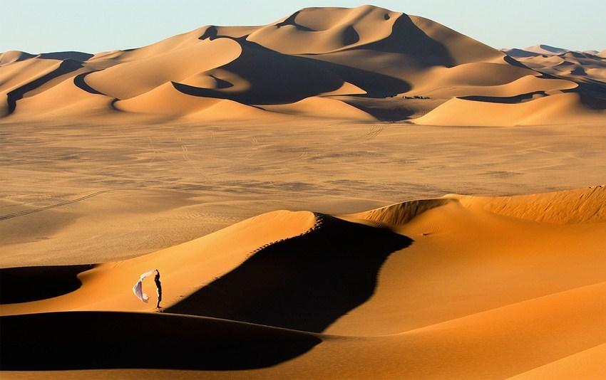 sand people desert lybia