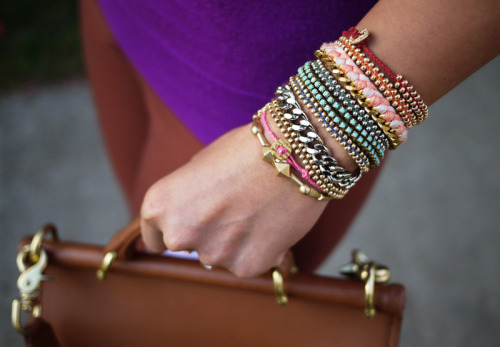 what-do-i-wear:  DIY Braided Bead Bracelet (image: honestlywtf)