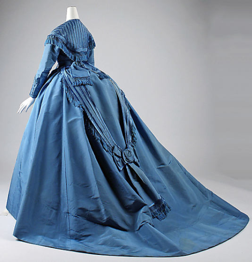 Dress Depret, 1867 The Metropolitan Museum of Art