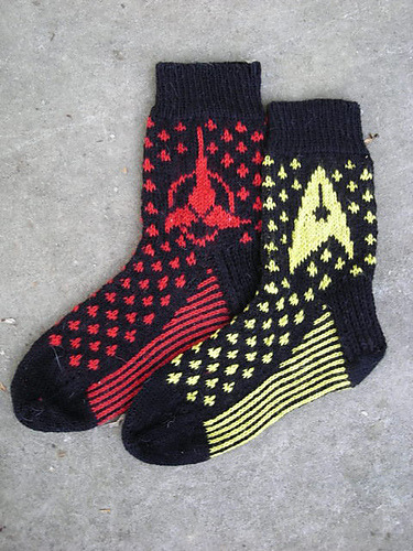 nerdygirlknits:    Star Trek Socks by Laura Hohman   Free pattern available on ravelry.
